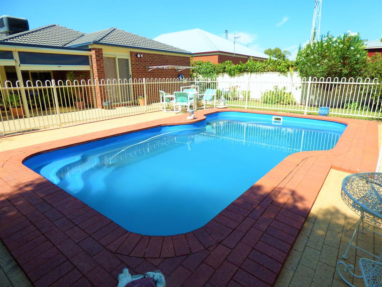 31 Linton  Park  Drive, Barham NSW 2732, Image 2
