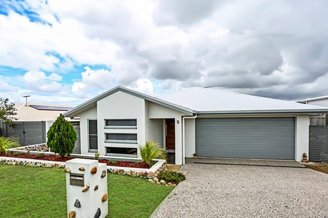 Picture of 5 Crestridge Avenue, RICHMOND QLD 4740