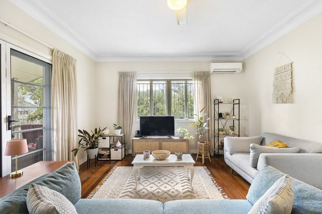 Picture of 2 Chigwell Street, WAVELL HEIGHTS QLD 4012
