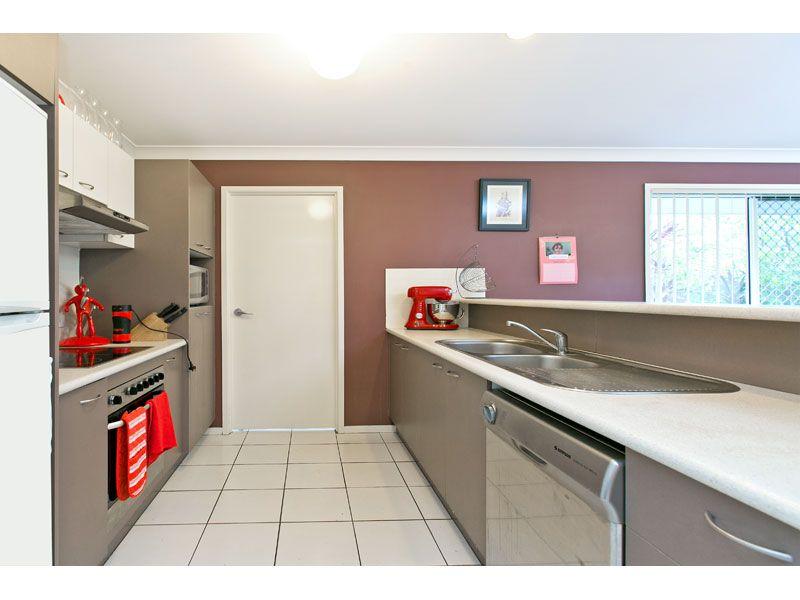 21/83 Dibar Street, Wynnum QLD 4178, Image 2