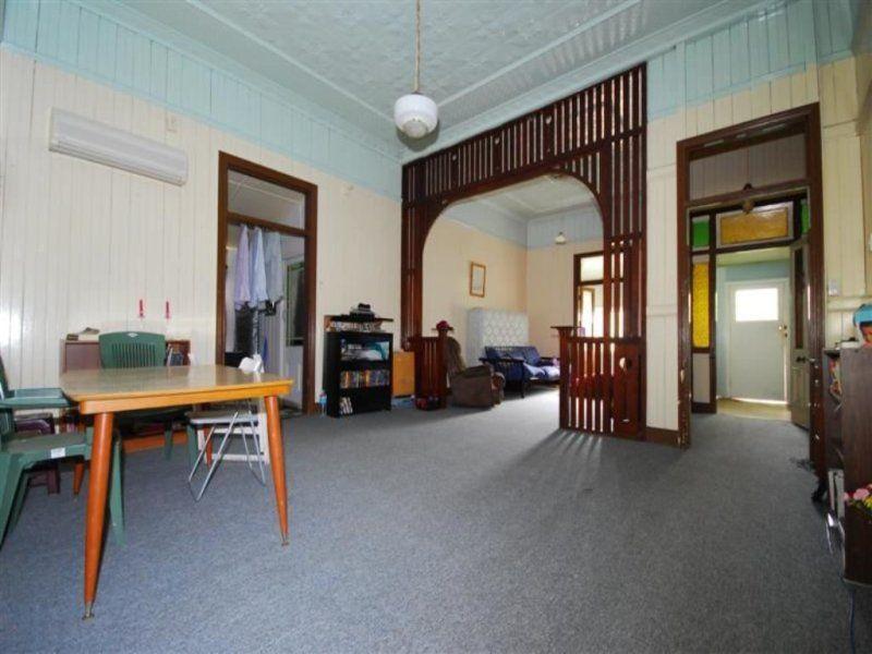 44 Ruth Street, Highgate Hill QLD 4101, Image 2
