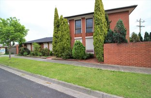 Picture of 19 Casey Drive, Lalor VIC 3075
