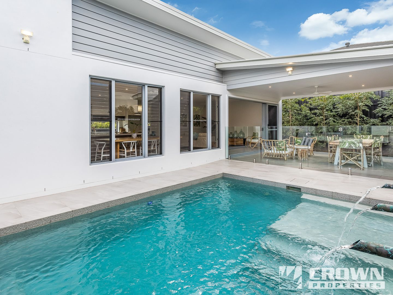 8 Sturt Place, Upper Kedron QLD 4055, Image 2