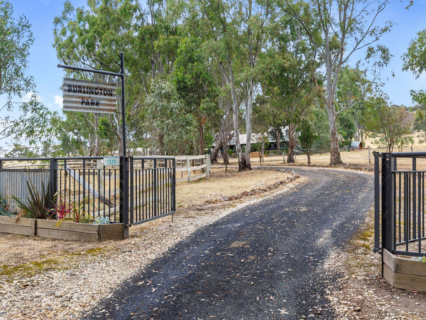 1310 Highlands Road, Whiteheads Creek VIC 3660, Image 0