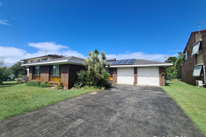 Picture of 14 Roseland Avenue, YAMBA NSW 2464