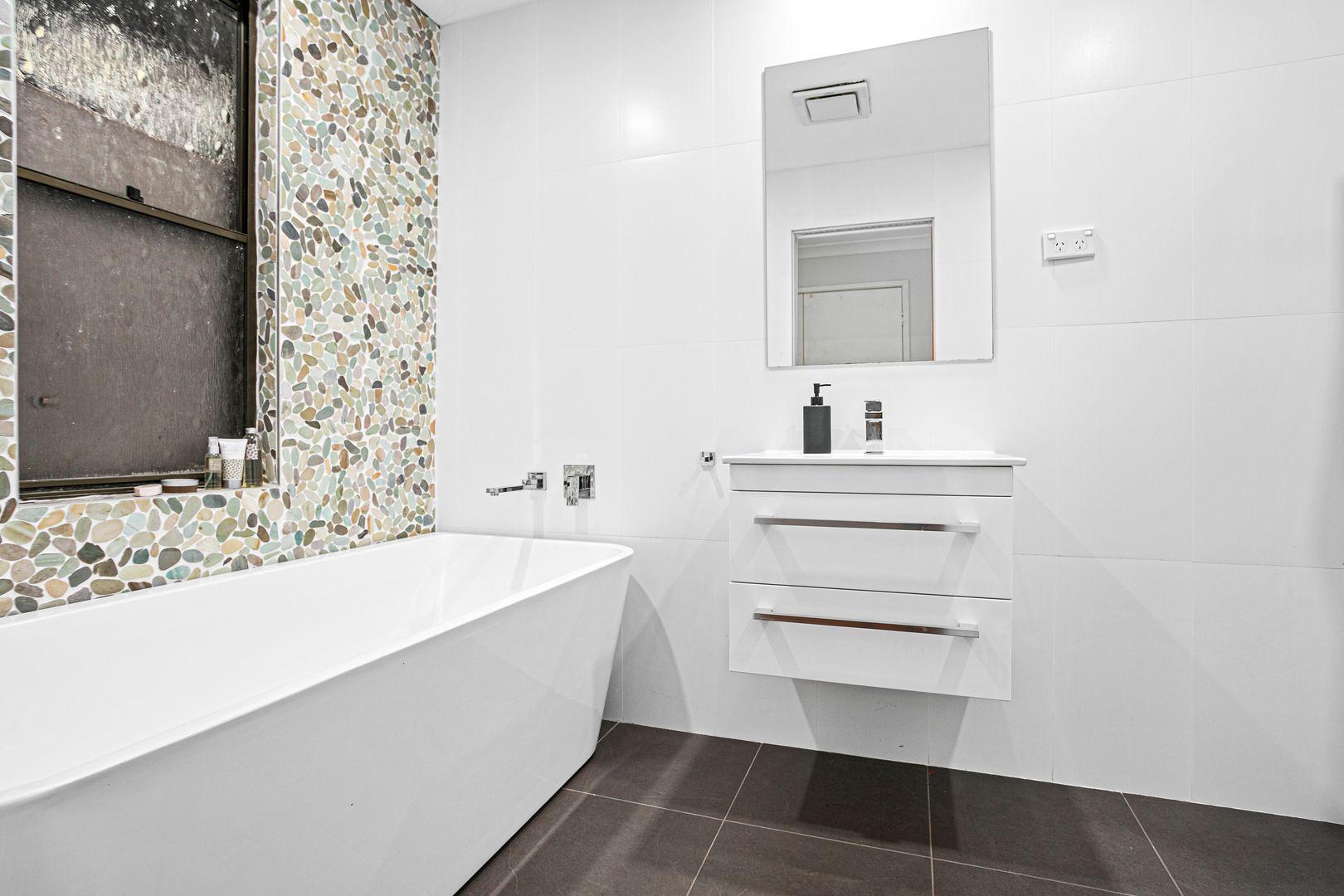 5 Narvo Street, Barrack Heights NSW 2528, Image 0