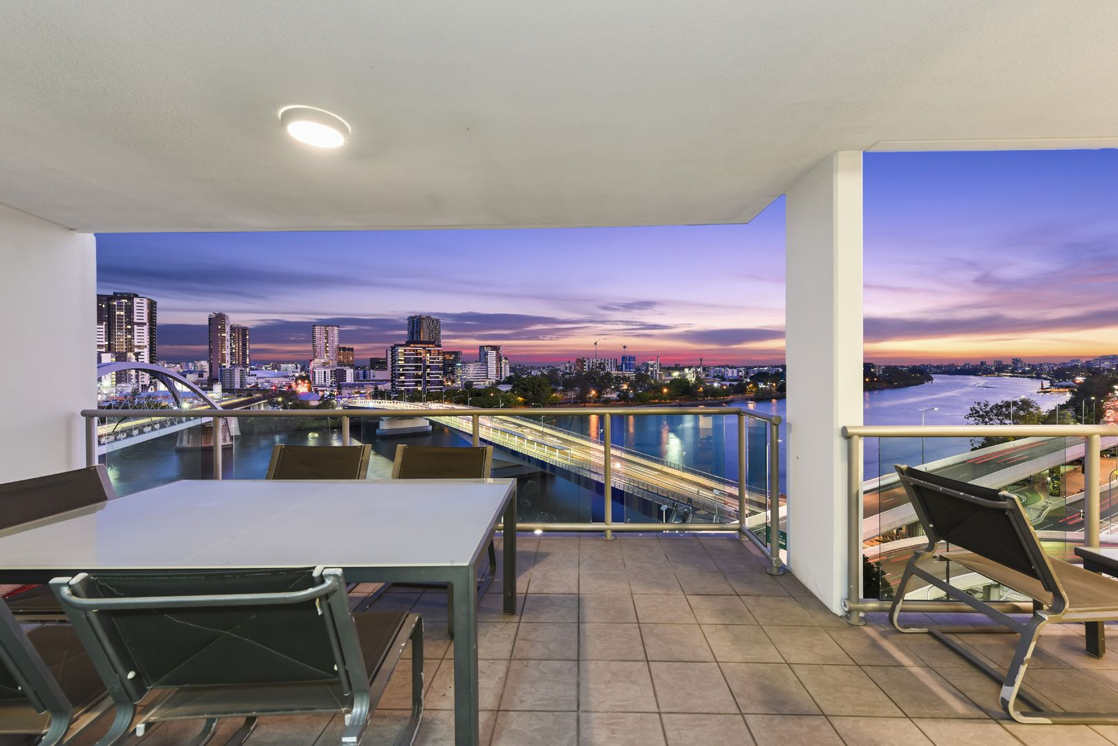 2807/92 Quay Street, Brisbane City QLD 4000, Image 0