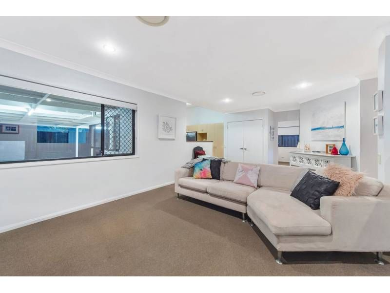 11 Alces Close, Upper Coomera QLD 4209, Image 2
