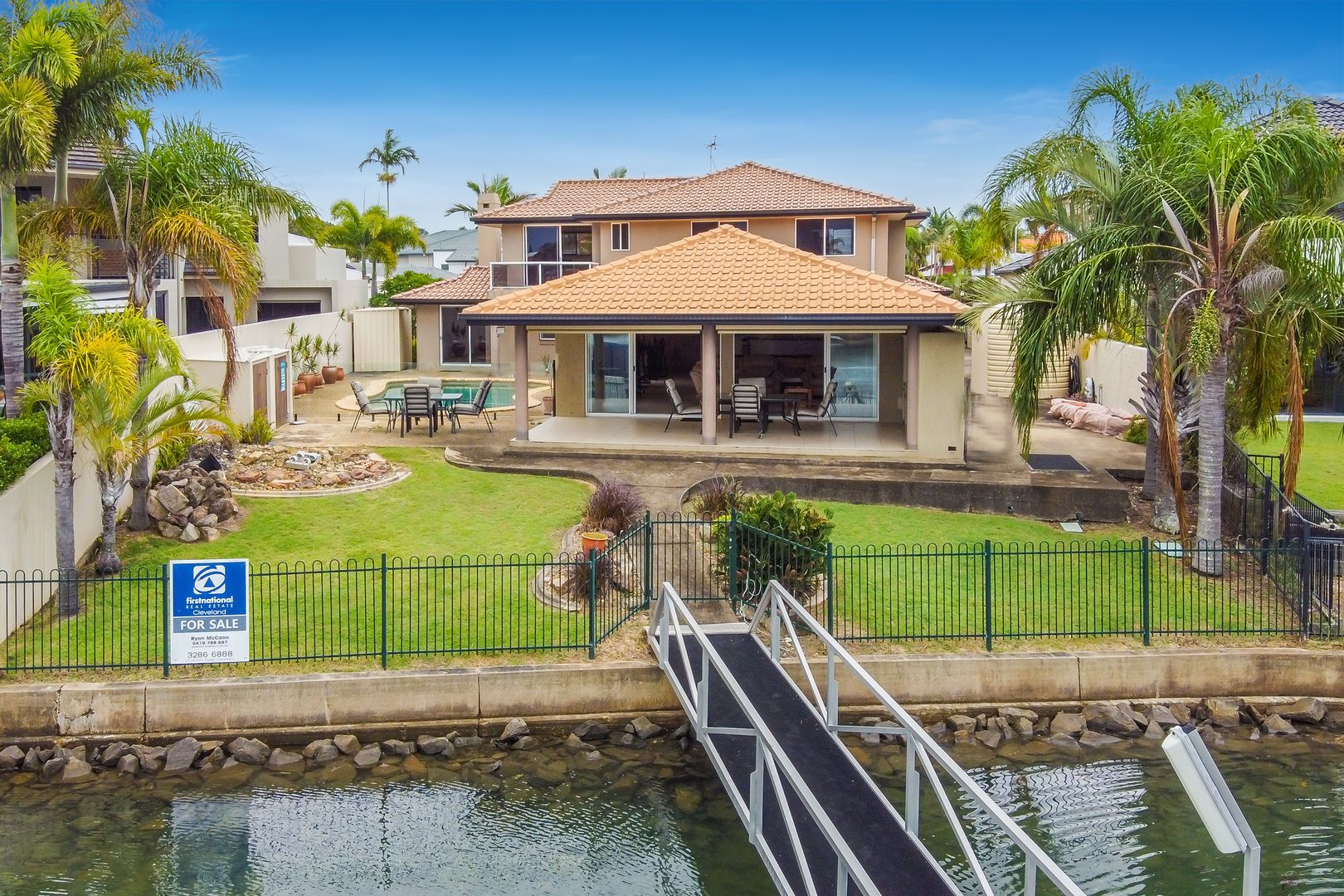 15 Plymouth Court, Raby Bay QLD 4163, Image 0