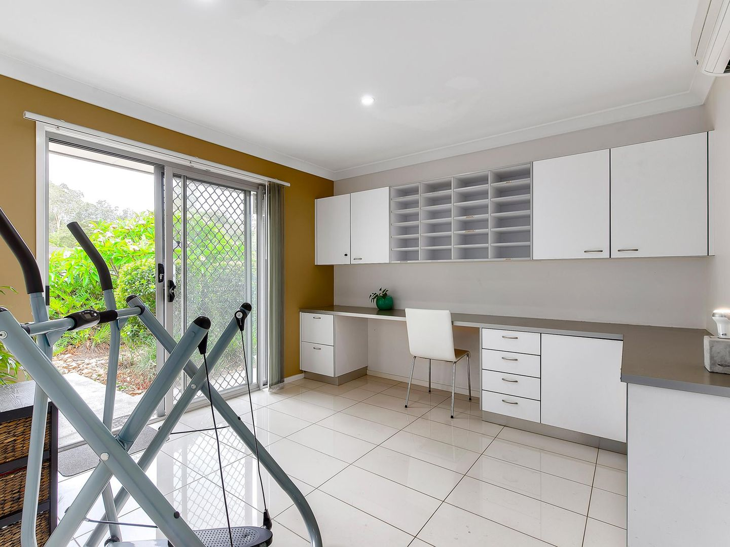 12 Timms Road, Everton Hills QLD 4053, Image 0