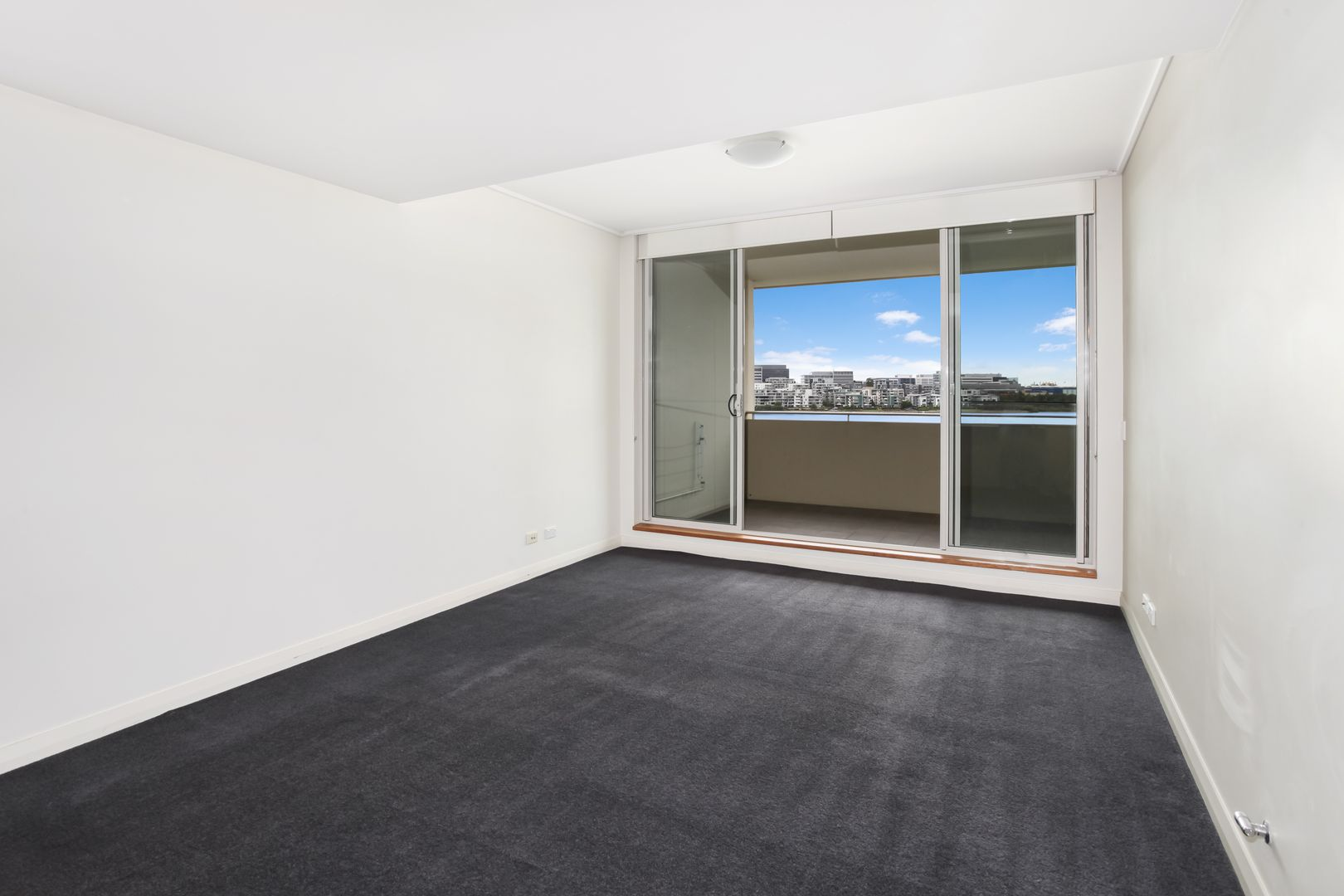 415/16 Marine Parade, Wentworth Point NSW 2127, Image 1