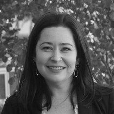 Lara Gardner, Sales representative
