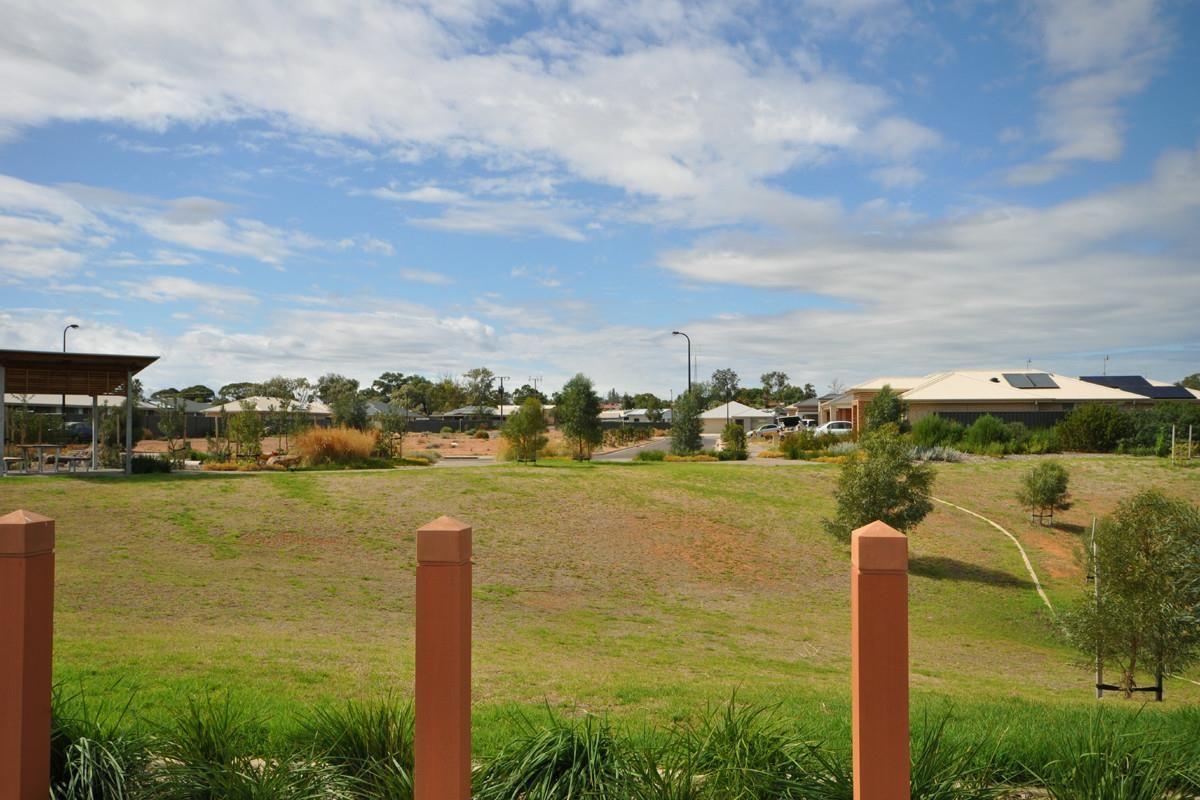 4 Martin Avenue, Port Augusta SA 5700, Image 2
