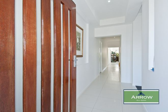 Picture of 16 Treetops Street, YARRABILBA QLD 4207