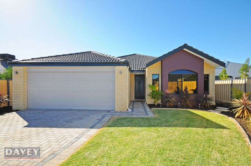 16 Grallina Way, Tapping WA 6065, Image 0