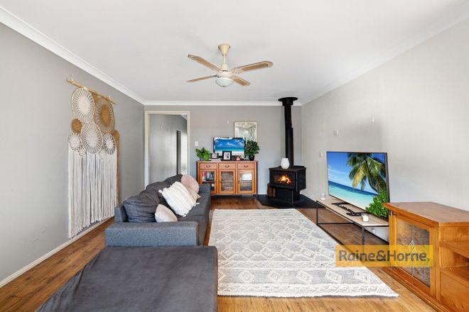 Picture of 90 McEvoy Avenue, UMINA BEACH NSW 2257