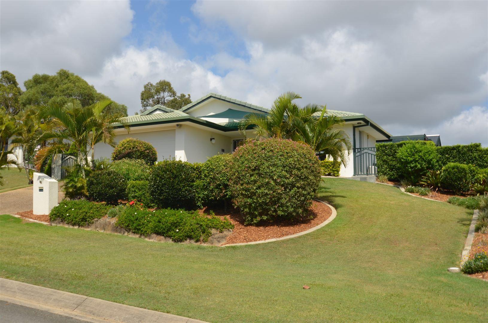 16 Pearson Close, Arundel QLD 4214, Image 0