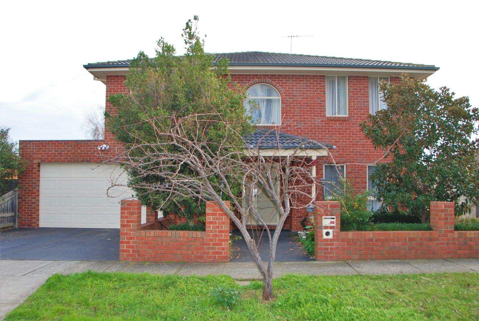 37 Bateman Grove, Hampton Park VIC 3976, Image 0