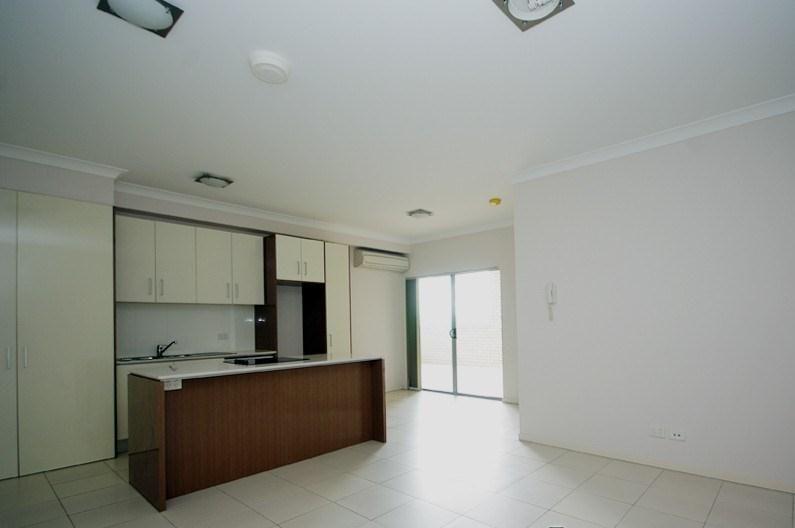 1/189 Cavendish Road, Coorparoo QLD 4151, Image 2