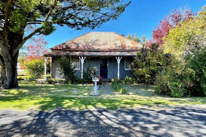 Picture of 8 Cooper Lane, URALLA NSW 2358