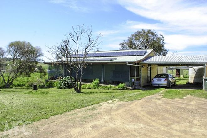 Picture of 2 Molong Street, STUART TOWN NSW 2820