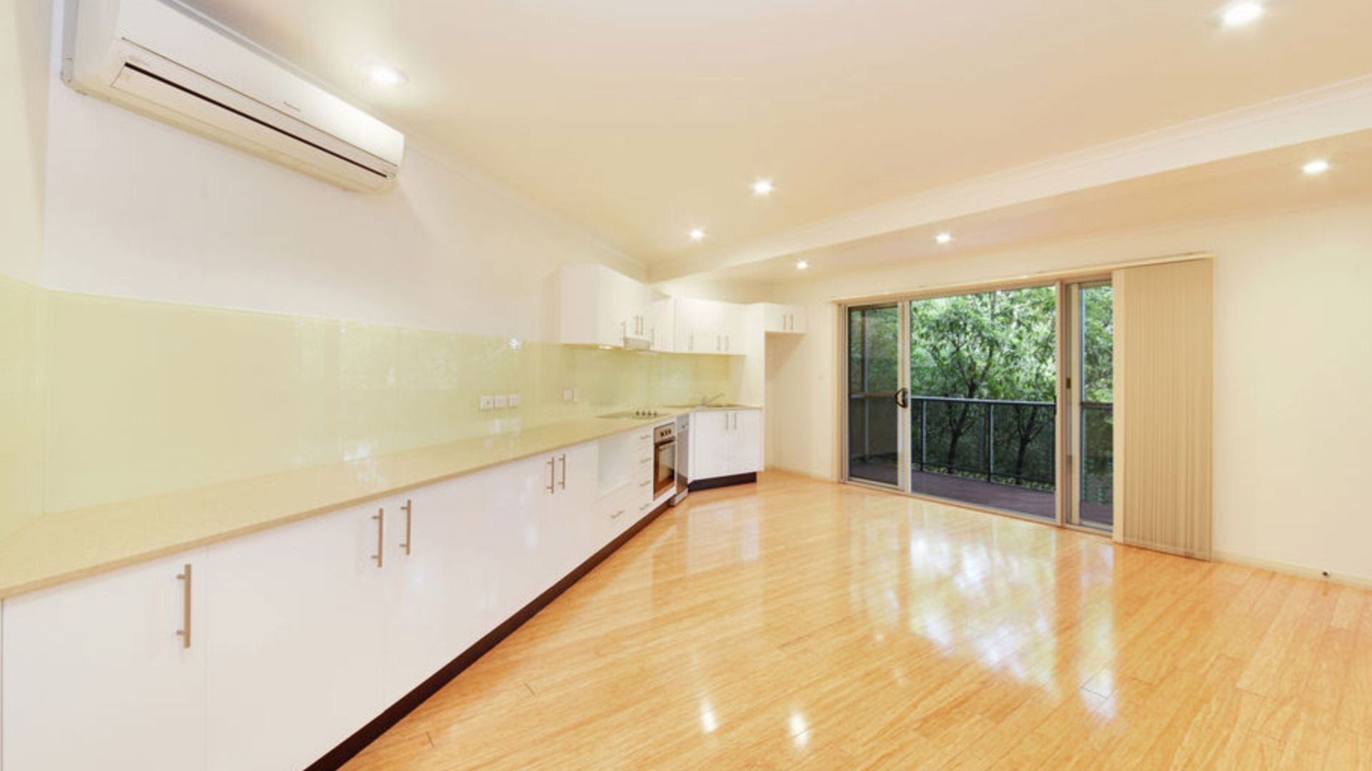 12A Summerhaze Place, Hornsby Heights NSW 2077, Image 2