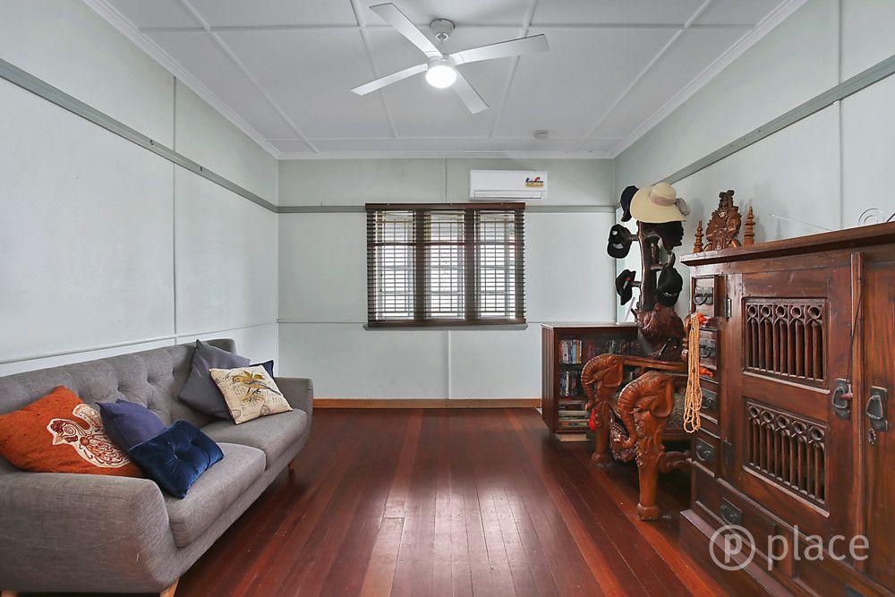 81 Jerrold Street, Sherwood QLD 4075, Image 2