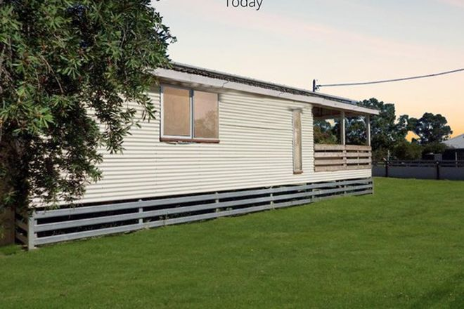 Picture of 10 Rugby St, MITCHELL QLD 4465