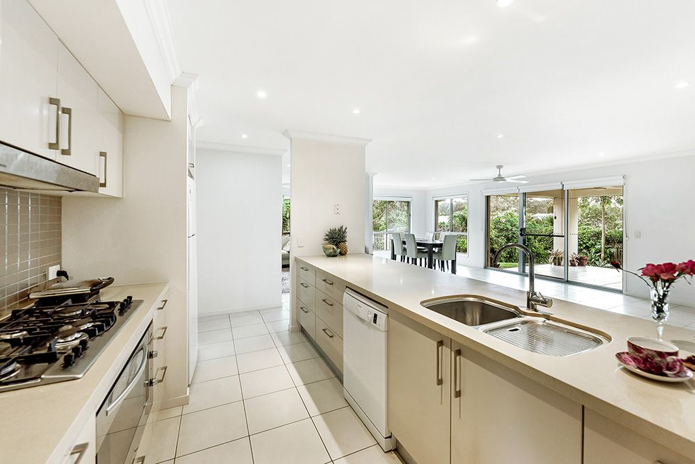 10 Sailaway  Court, Coomera Waters QLD 4209, Image 1