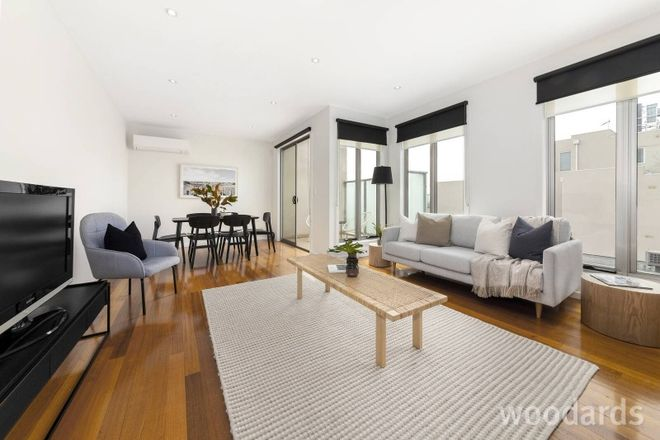 Picture of 2/625 Centre Road, BENTLEIGH EAST VIC 3165