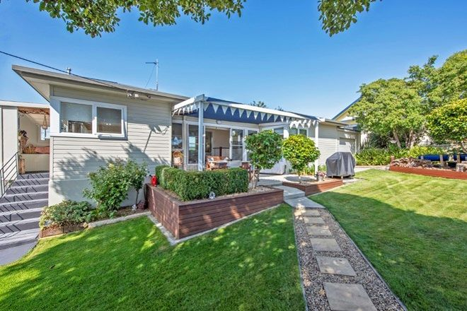 Picture of 19 South Road, WEST ULVERSTONE TAS 7315