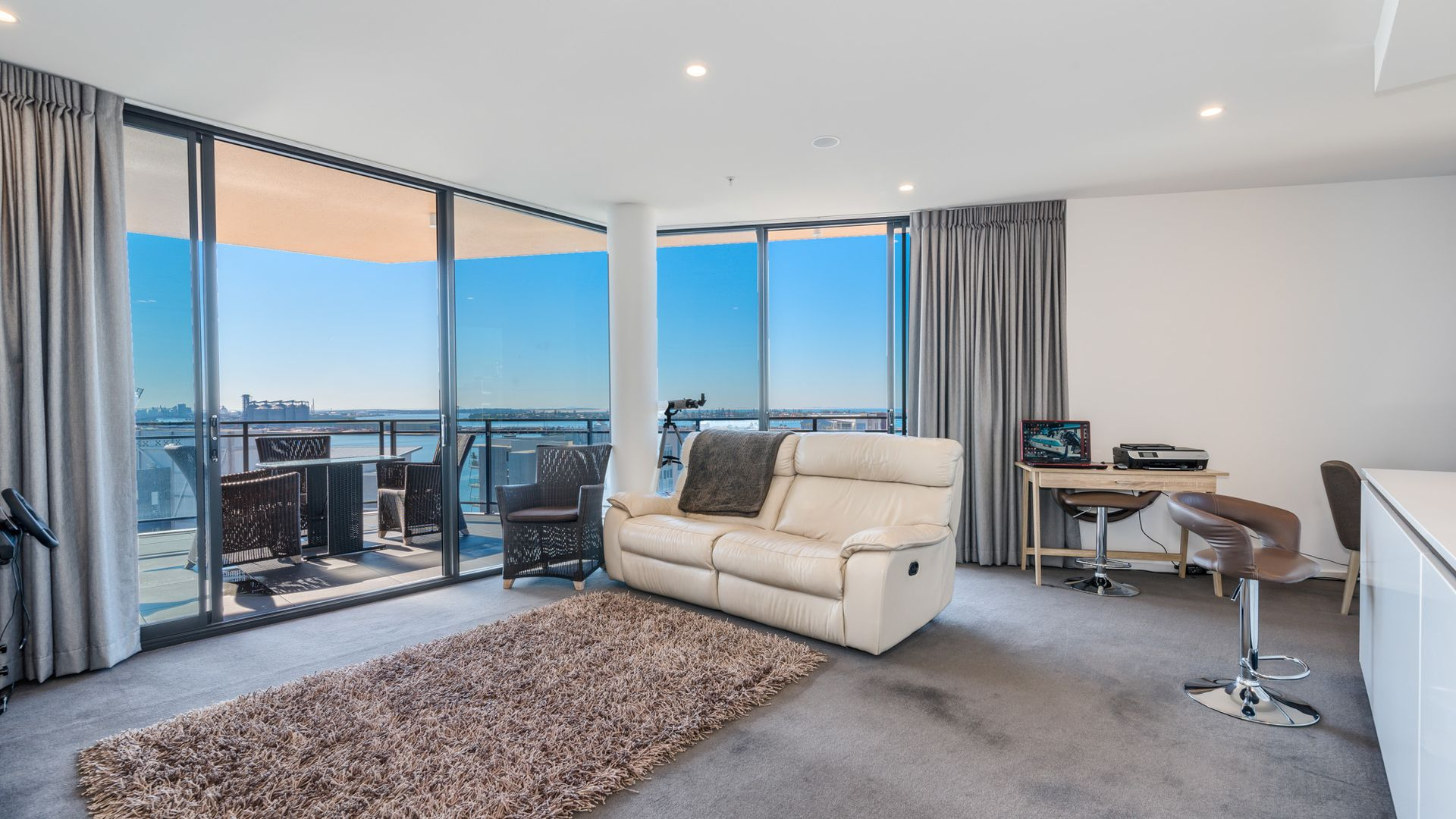 906/10 Worth Place, Newcastle NSW 2300, Image 1