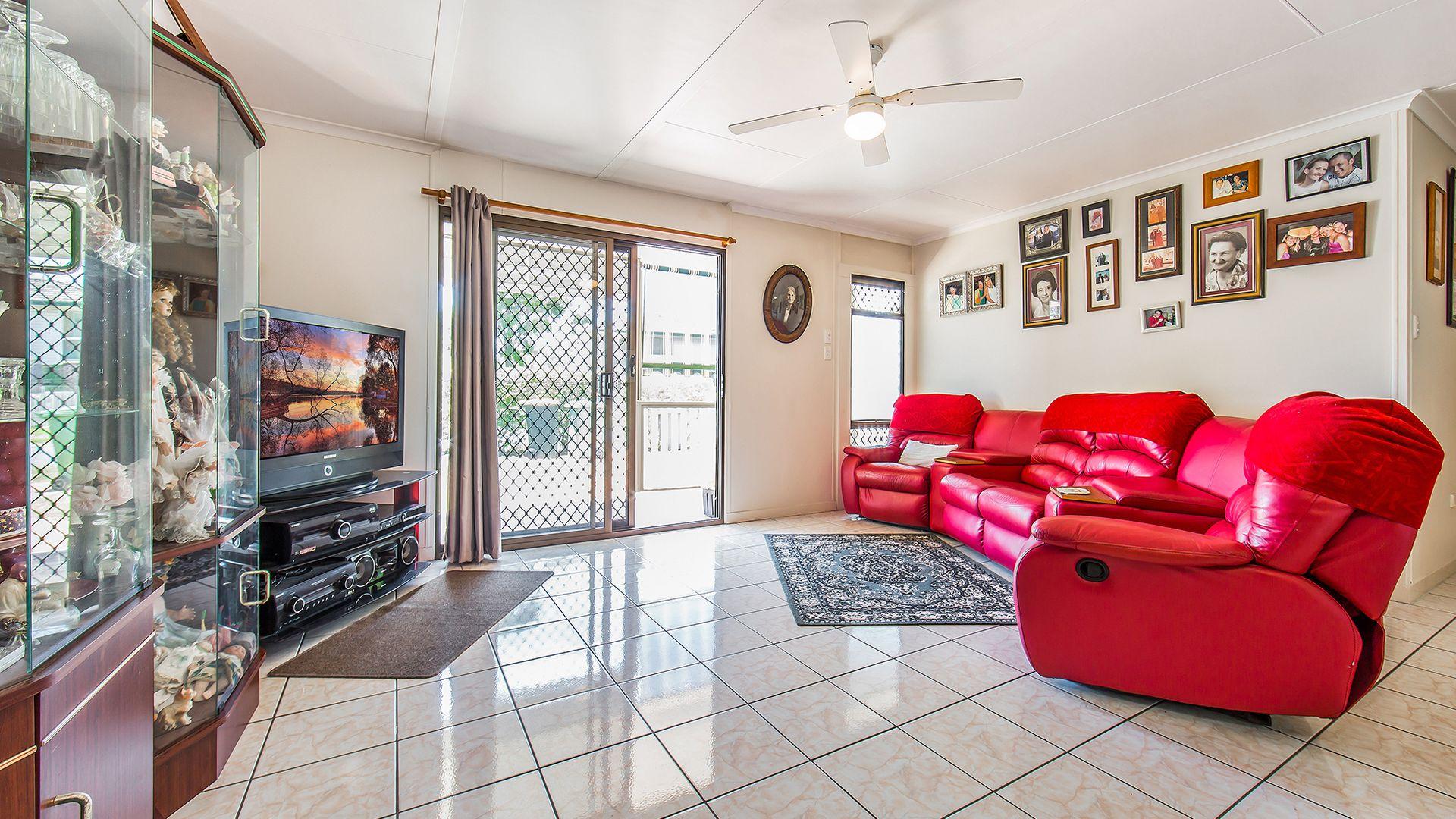 40 Raintree Street, Kippa-Ring QLD 4021, Image 2