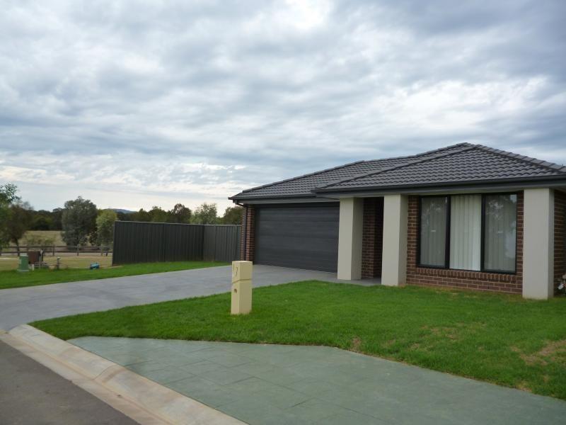 7 Barnett Avenue, Thurgoona NSW 2640, Image 0