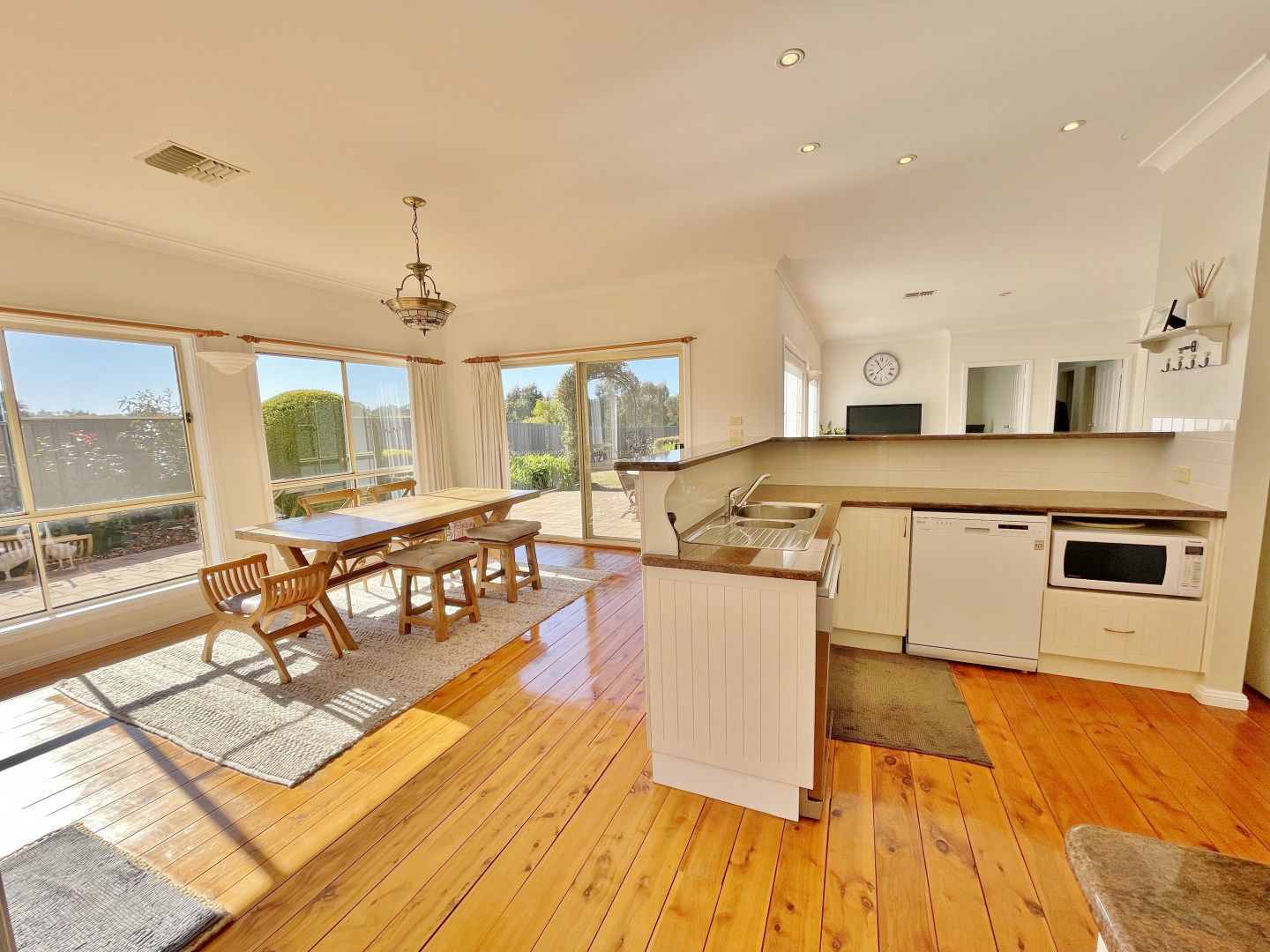 13 Nellee Place, Young NSW 2594, Image 1