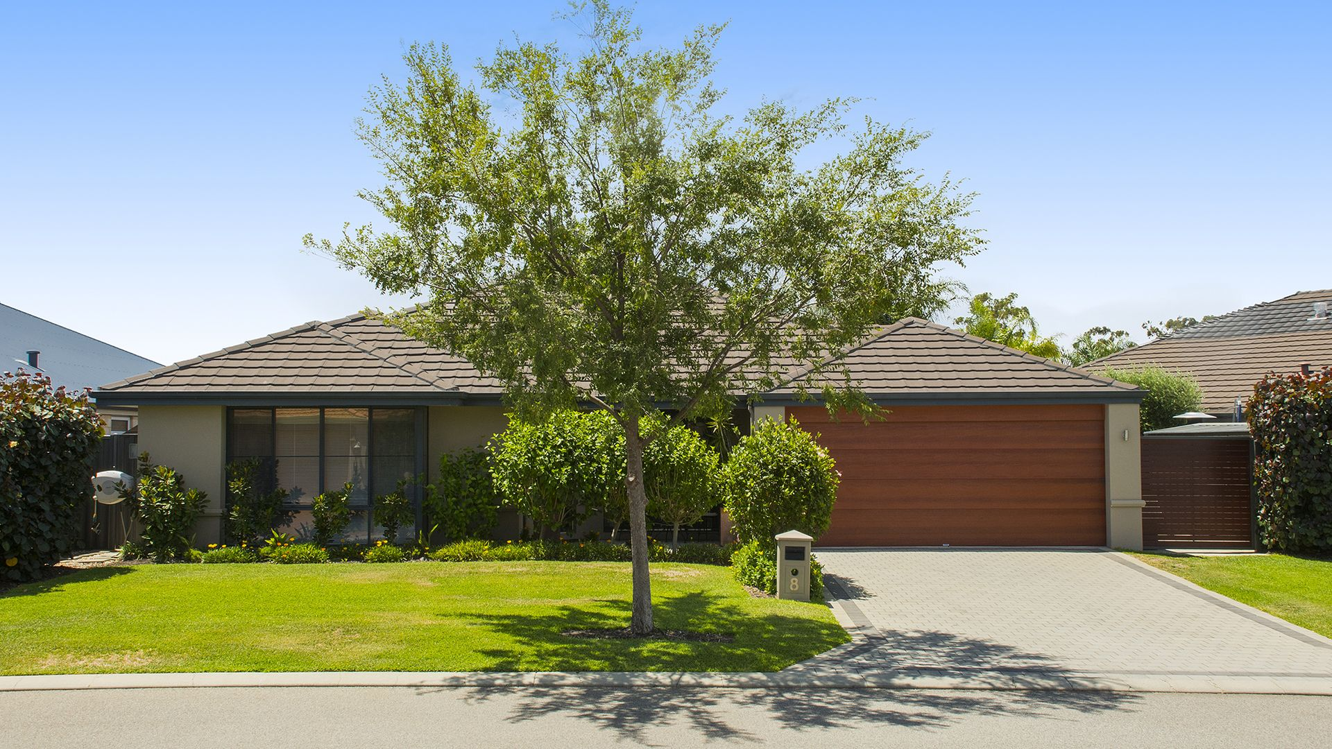 8 Pirianda Way, Aveley WA 6069, Image 1
