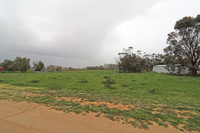Picture of 1 Murray Valley Highway, LAKE CHARM VIC 3581