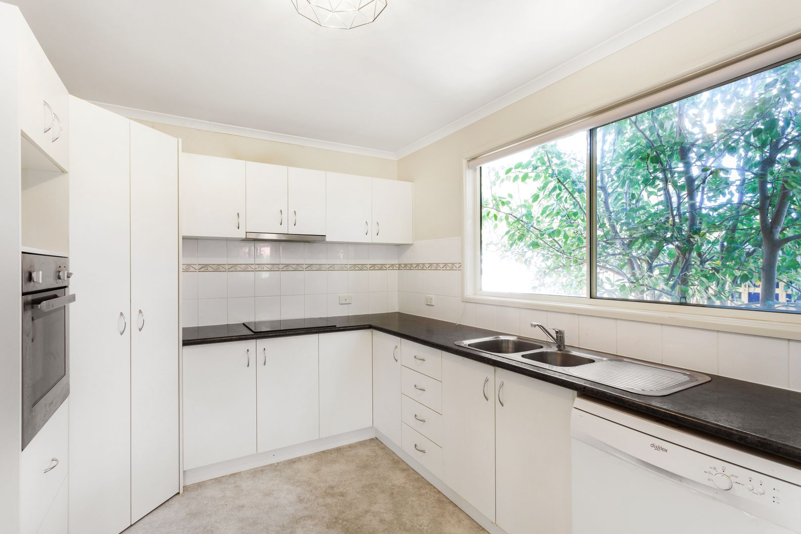 30b George Road Vermont South Vic 3133 House For Rent