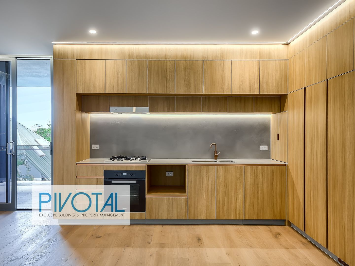 3301/59 O'Connell St, Kangaroo Point QLD 4169, Image 2