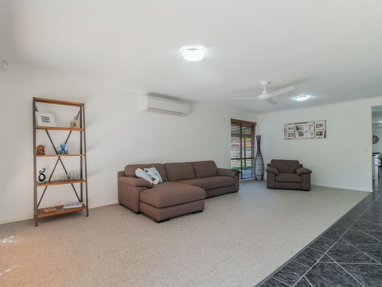 111 Kameruka Street, Calamvale QLD 4116, Image 2