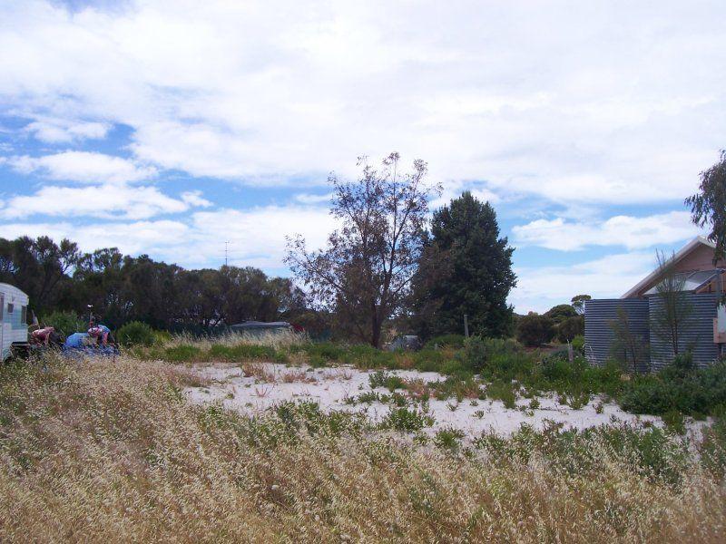 9 Acacia Road, The Pines SA 5577, Image 0