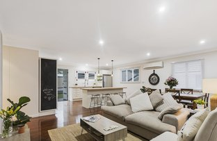 Picture of 19 Herswell Avenue, Wynnum West QLD 4178