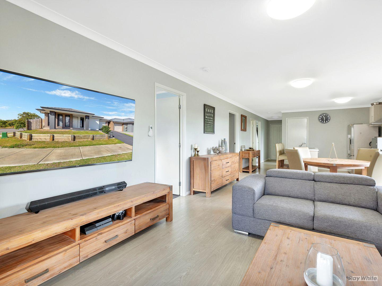 17 Mervyn Jensen Drive, Redbank Plains QLD 4301, Image 2