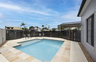 Picture of 10 Dame Pattie Court, Newport QLD 4020