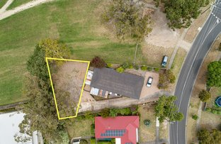 Picture of Lot 2/27 27 Pembroke Drive, Somerville VIC 3912