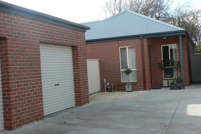Picture of 2/514 Armstrong Street North, SOLDIERS HILL VIC 3350