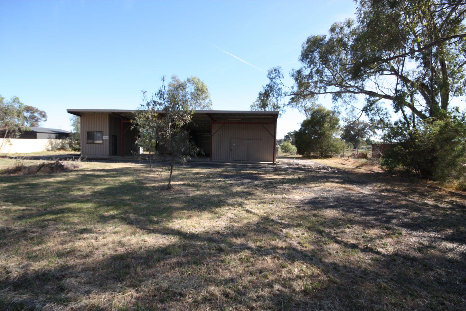 24 Four Mile Road, Benalla VIC 3672, Image 0