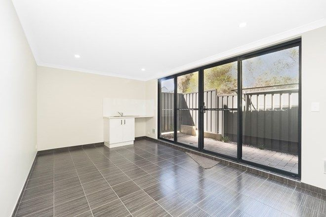 Picture of 2/25 Dudley Street, MIDLAND WA 6056