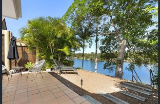 Picture of 4/125 Santa Cruz Boulevard, Clear Island Waters QLD 4226