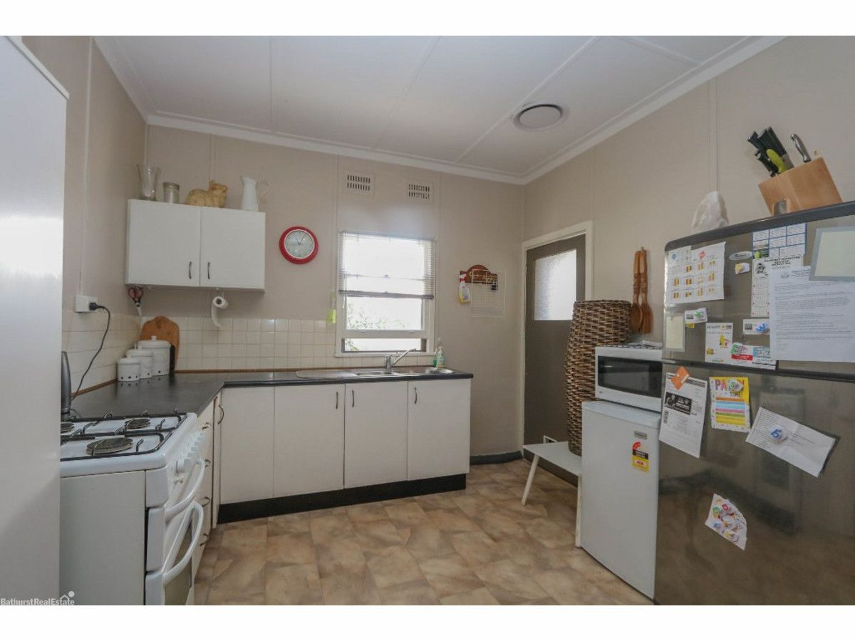 15 Gormans Hill Road, Gormans Hill NSW 2795, Image 2